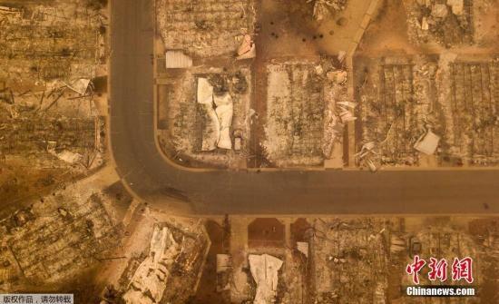 据美媒报道,美国加州山火进一步蔓延,遇难人数则进一步上升。目前有5600人参与灭火。