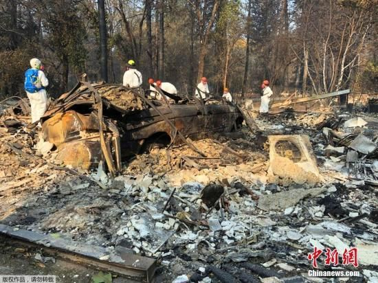 截止11月18日晚,美国加州山火已经延烧十日,这场山火也在继续刷新全美山火致死和毁坏程度的纪录。