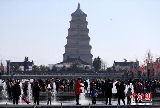 春节假期结束 民众游兴不减