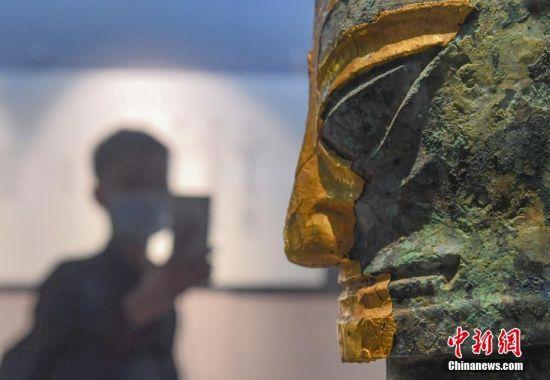 三星堆文物杭州西湖边展出引关注
