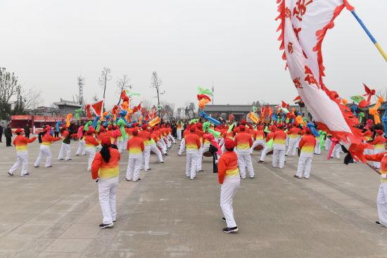 刘玉虎图片_春节假期陕西韩城年味浓 特色鲜明引爆旅游市场-中新网陕西新闻